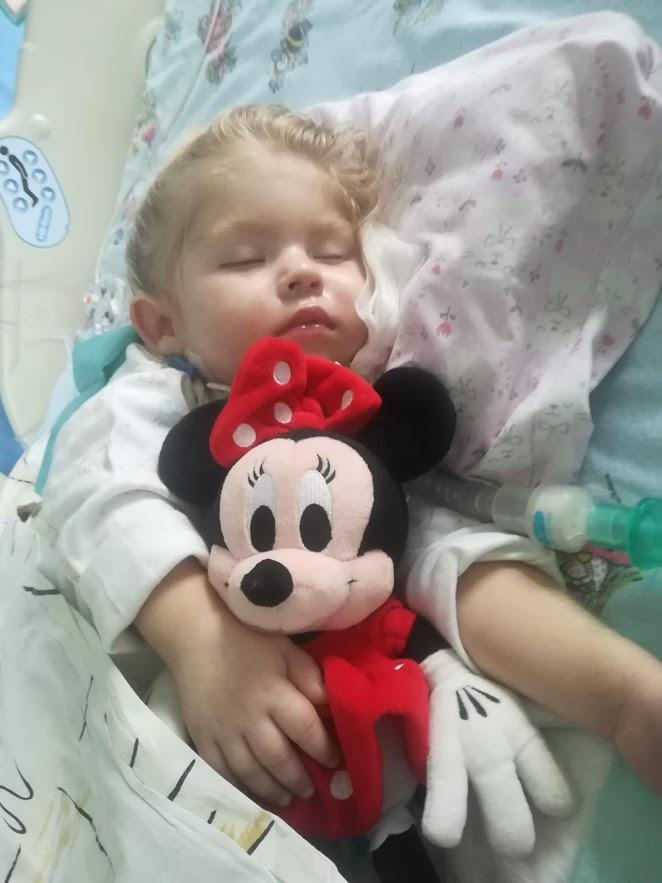 Ania na OIT z Myszka Miki